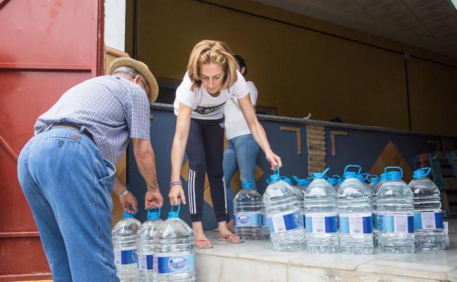 Los vecinos de Alamedilla llevan ya un año sin beber agua del grifo por los niveles de nitratos