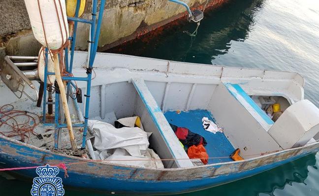 Tres detenidos por tráfico de inmigrantes, muchos menores, en embarcaciones de pesca e hinchables