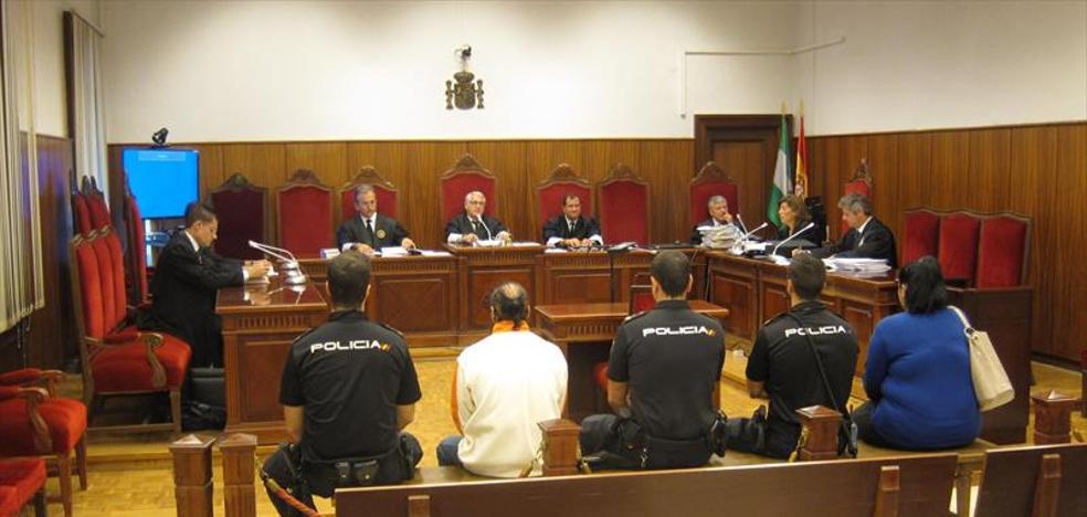 Un padre de Córdoba abusó de sus hijos de 5 y 6 años con el consentimiento de la madre