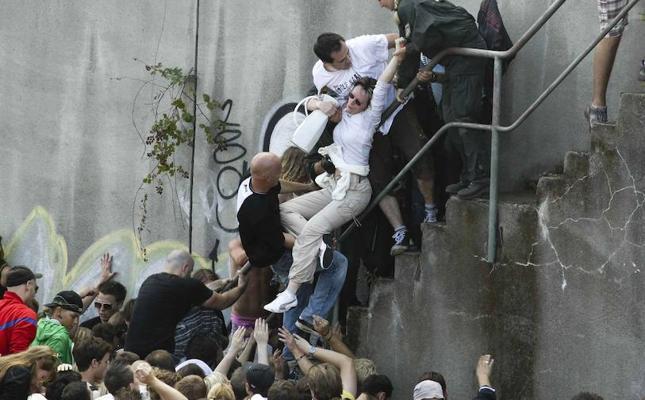 La Fiscalía reprocha «masivos errores» en la Love Parade de 2010 en que murieron 21 personas