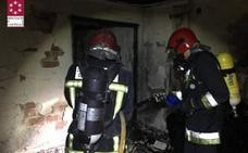 Dos fallecidos y diez heridos en un incendio de una vivienda en Burriana