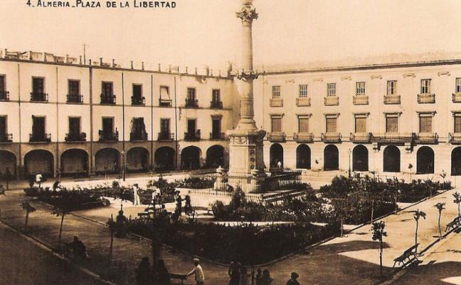 1976: Monterreal encabeza la primera corporación municipal