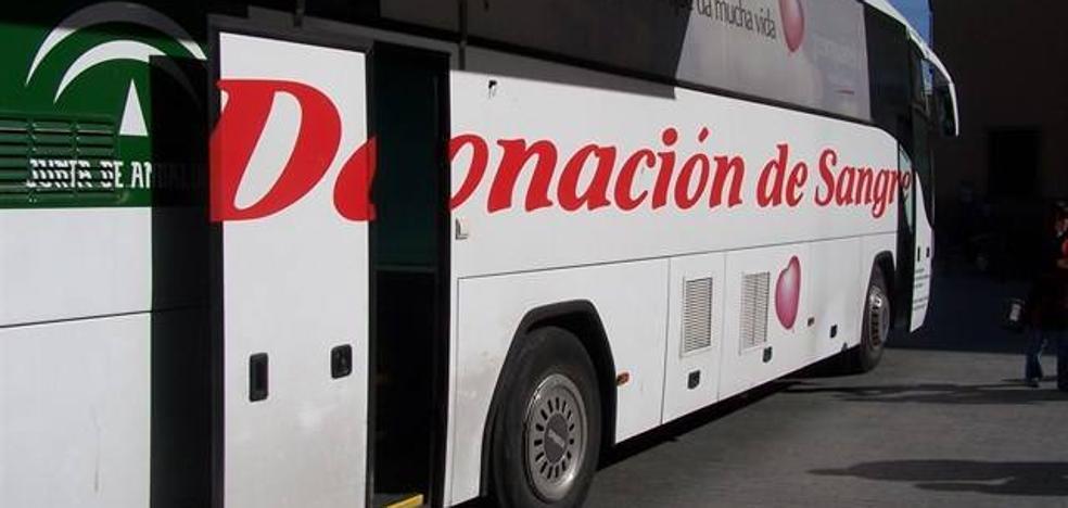 El centro de transfusión realizará 40 salidas en noviembre para donaciones colectivas de sangre