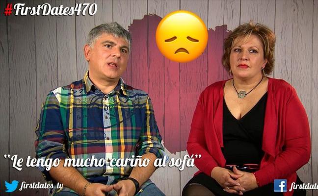 Enamorado de su madre y su sofá en 'First Dates'