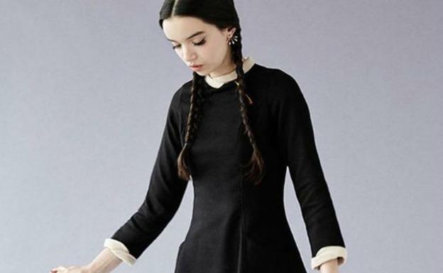 disfraces de halloween con un vestido negro