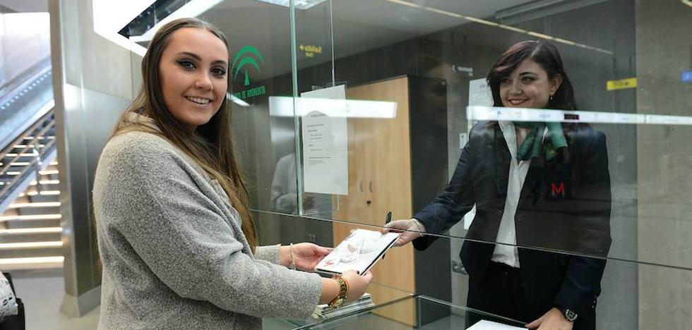 El metro de Granada supera el millón de viajeros en sus primeros 40 días de explotación