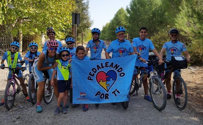 Ciclistas que mueven corazones