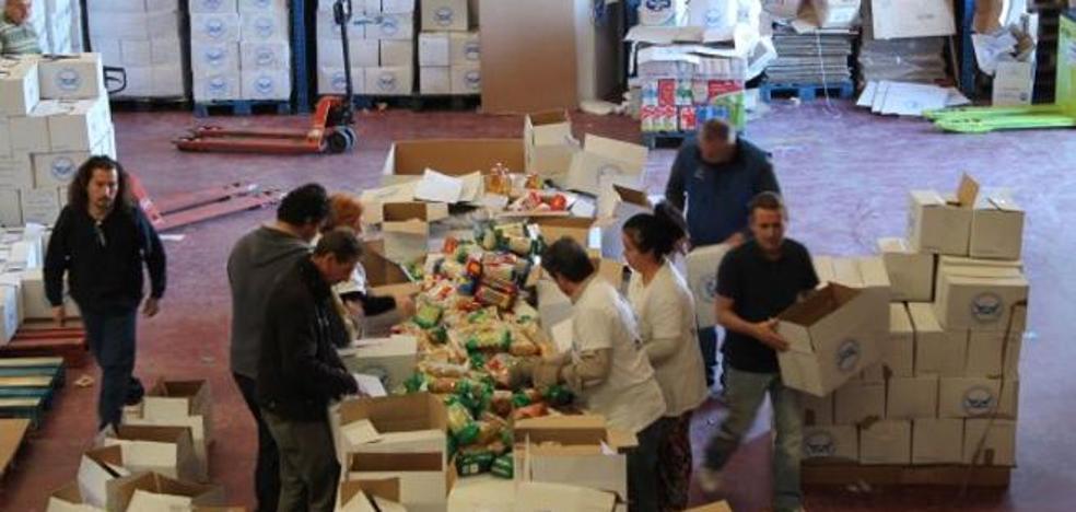 El plan de alimentos repartirá 948 toneladas entre necesitados en Almería