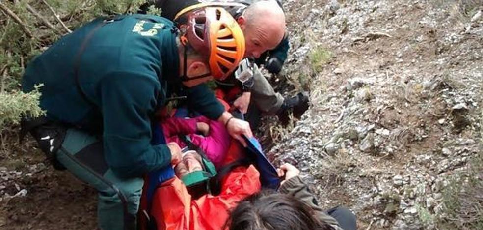 Rescatan a un senderista tras sufrir una caída