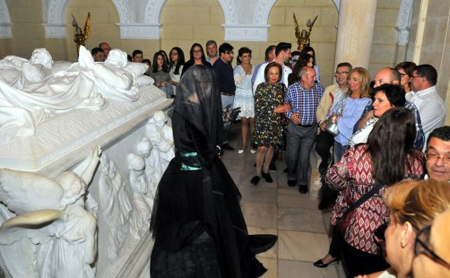Las visitas de Halloween en el Hospital de los Marqueses repiten triunfo entre los vecinos