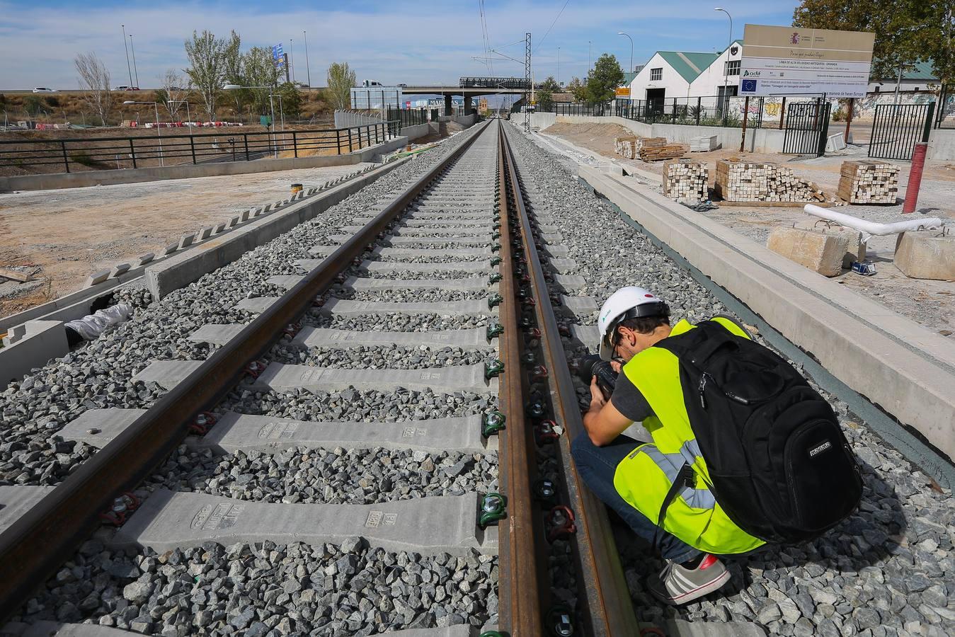 Acelerón para acabar en un mes las obras del AVE en Granada
