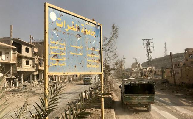 Al menos 75 desplazados muertos en Siria por un coche bomba del Daesh