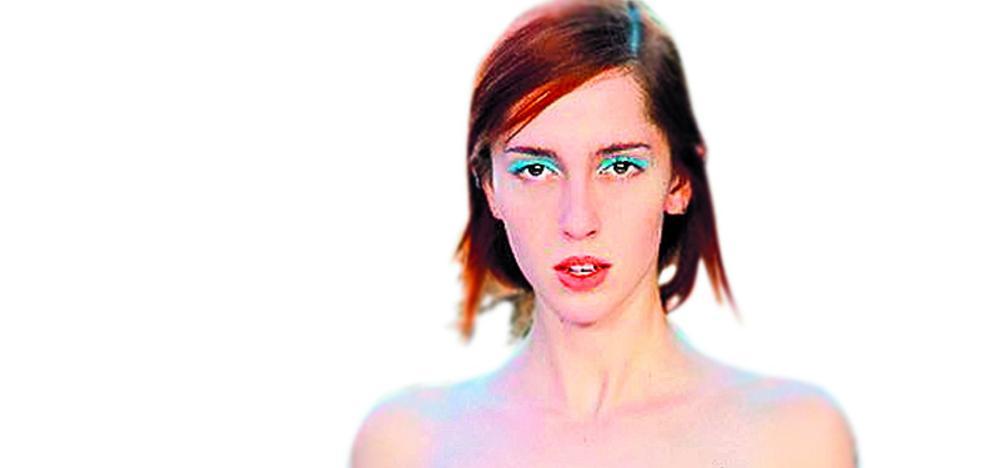 La modelo que casi nadie sabía que era transexual