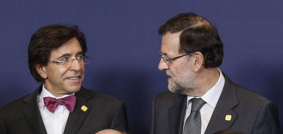 El ex primer ministro belga Di Rupo llama «franquista autoritario» a Rajoy