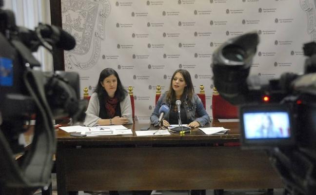 El Ayuntamiento de Granada investiga si hubo un delito de odio en el caso de las usuarias del burkini en una piscina municipal