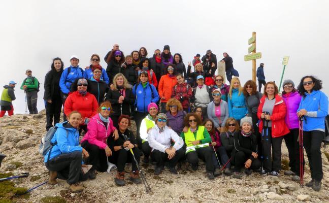 Éxito del I Encuentro de Mujeres Montañeras del club la Pandera