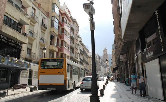 La peatonalización elimina también los autobuses de la Carrera y el centro de Jaén