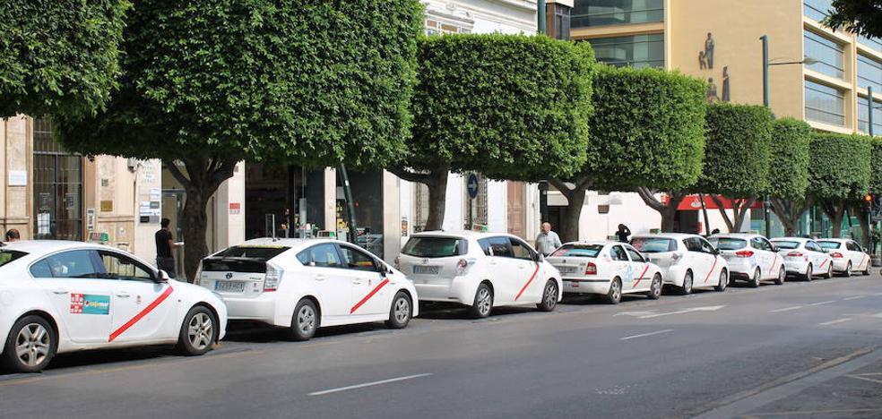 ¿Es caro subir en taxi en Almería?