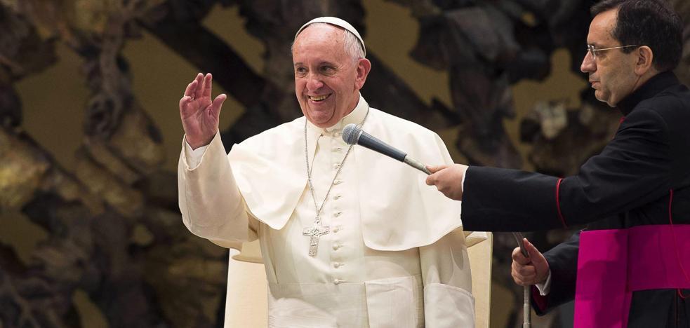 El Papa insta a un proceso mundial de desarme nuclear