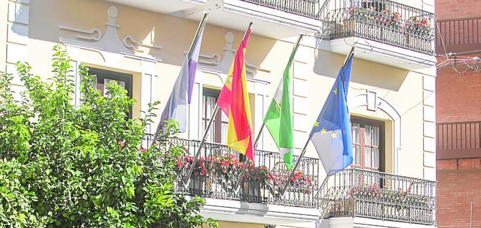 Almuñécar, el pueblo de las 100 banderas