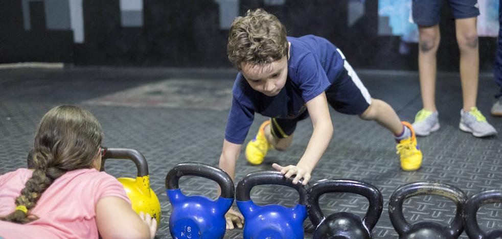 El crossfit para niños causa sensación en Motril