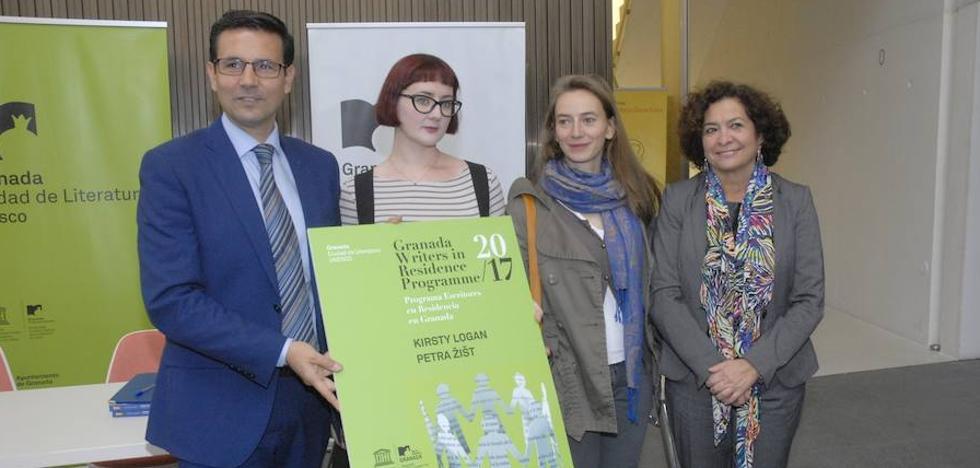 Jóvenes con residencia en Granada gracias a la Unesco se suman a la vida literaria de la capital
