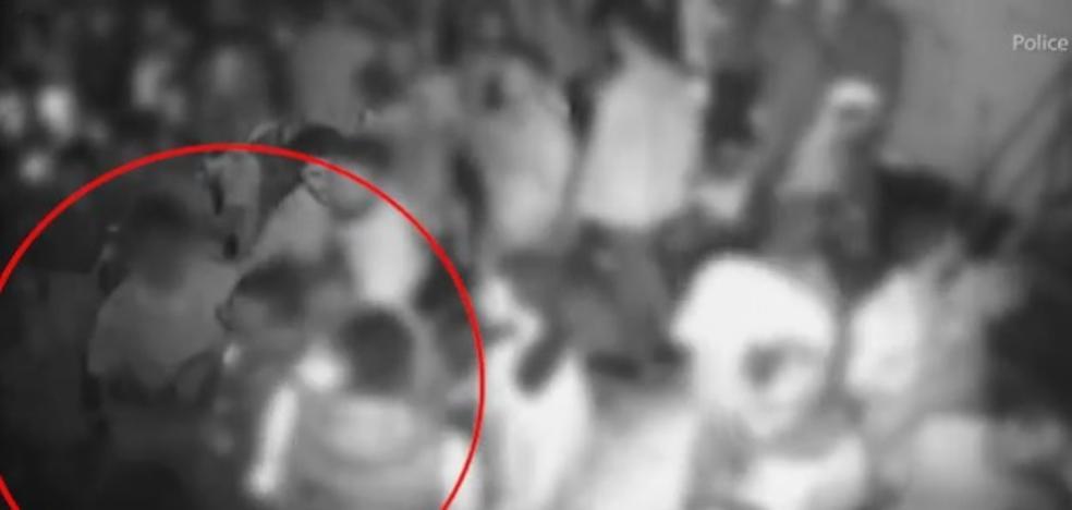 Un chico arroja ácido en una discoteca y quema a 22 personas