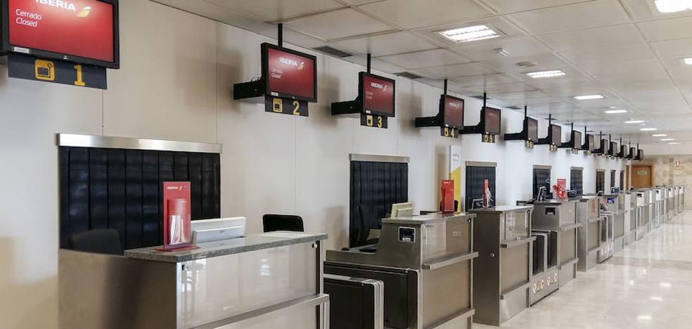 El aeropuerto de Granada concluye la reforma de la zona de facturación de la terminal