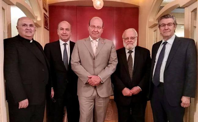 El alcalde recaba apoyos en Madrid para el Premio Ibn Shaprut
