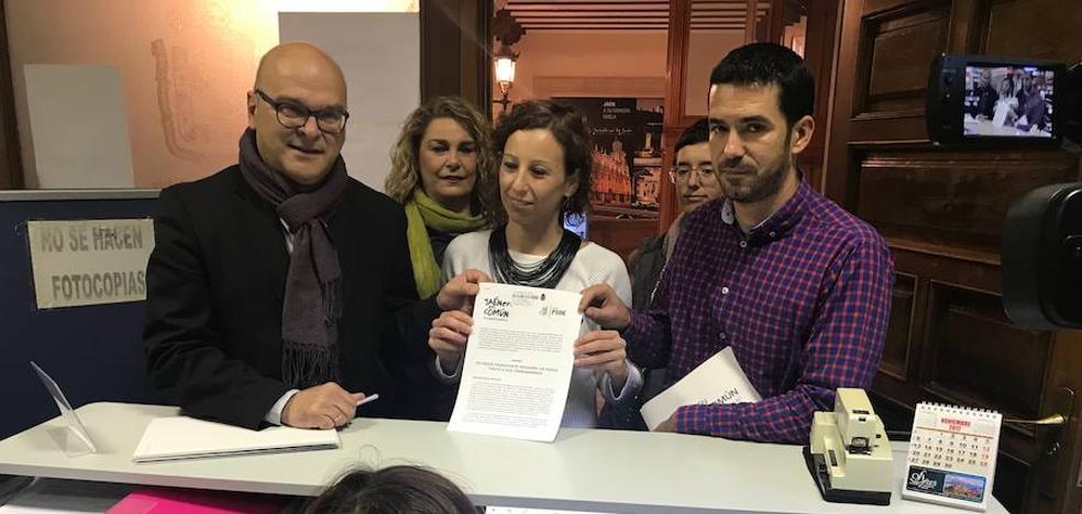 PSOE y JeC unen fuerzas para mejorar el servicio de autobuses