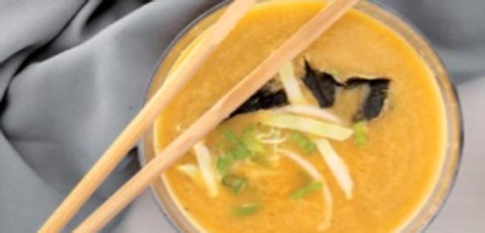 6 deliciosas sopas que sientan 'de lujo' al cuerpo con la llegada del frío