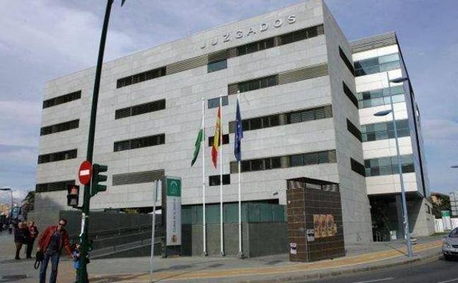 Condenado a dos años de cárcel un director de banco que se apropió de 1,1 millones de clientes