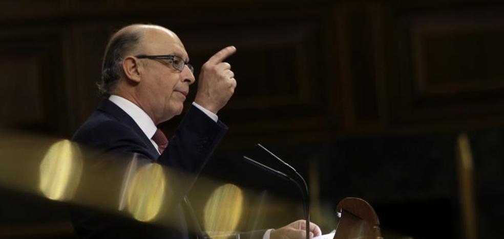 Hacienda no descarta ir más allá en la rebaja del IRPF pactada con Ciudadanos