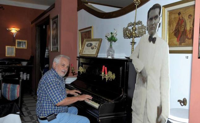 La Asociación Poeta Juan Gutiérrez Padial de Lanjarón presenta un libro sobre Lorca en la Alpujarra
