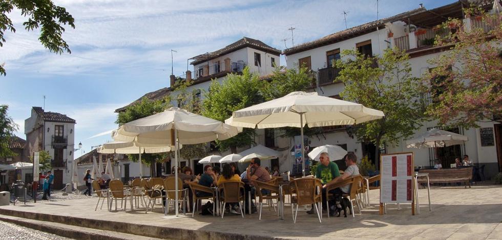 50 restaurantes y hoteles de Granada crean una carta conjunta para enamorar a todo el mundo