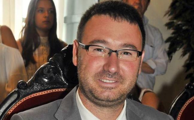 Daniel Campos lidera el PSOE en Linares