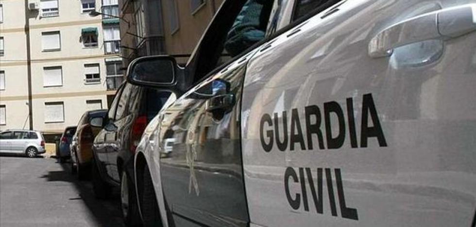 Detenido un chico por intentar robar con violencia a un vecino de 84 años en Laroya