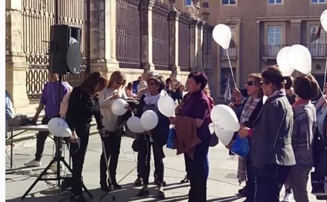 Emotivo homenaje a las víctimas de accidentes de tráfico en Jaén