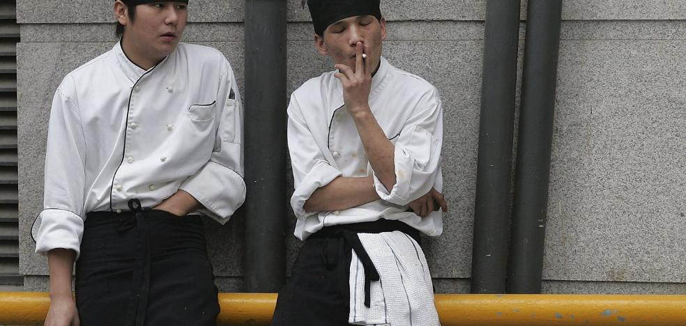 Vacaciones por no fumar: ¿llegará a España esta medida?