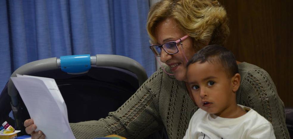 'Mujeres el Cucú': madres y abuelas de Granada que vuelan lejos del machismo