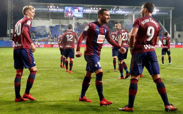 El Eibar reencuentra su mejor versión y arrasa al Betis