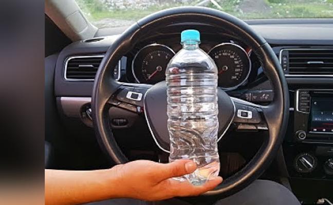 Cuidado con el truco de la botella de agua con el que te pueden robar el coche