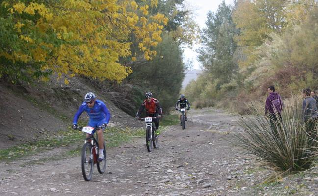 Cinco rutas en bicicleta por la Sierra de Gádor y Adra