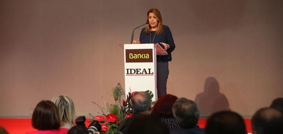 Susana Díaz exige el AVE soterrado y la Variante de Loja