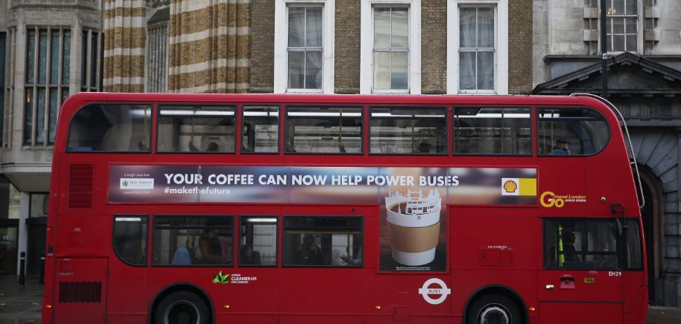 Los autobuses empiezan a usar café como gasolina