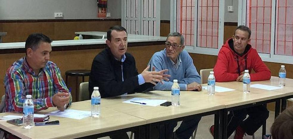 """""""El alcalde tiene más pendiente en Cabo de Gata que el Torreón"""""""