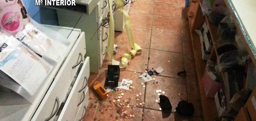 Detenido un vecino de Torreperogil por robos y destrozos en el mercado y en el centro de salud