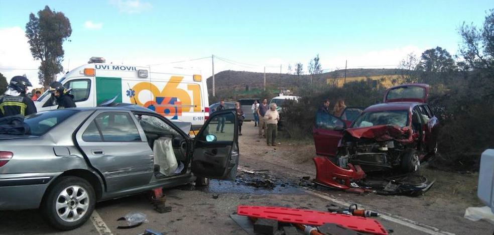 Almería llora a las 21 víctimas mortales en el asfalto este año