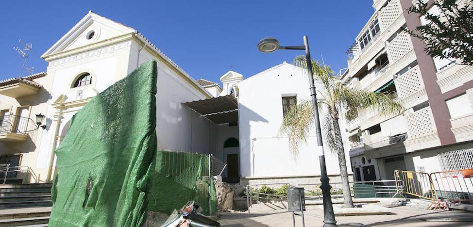 La iglesia topa con el Ayuntamiento de Motril