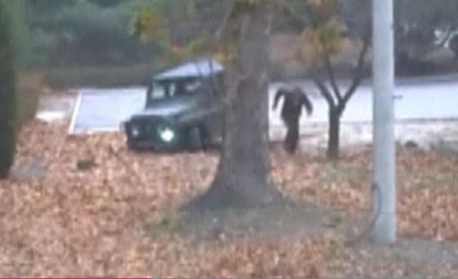 Imágenes de la dramática huida del soldado norcoreano asesinado mientras huía a Corea del Sur